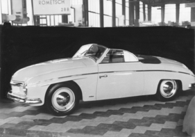Bild (1/1): VW Rometsch Cabriolet (1951) - Internationale Automobilausstellung (IAA) in Frankfurt 1951 - Karosserie von Rometsch in Anlehnung an italienische Vorbilder (© Zwischengas Archiv)