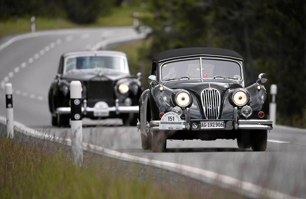 oldtimer news stil und klasse das british classic car meeting st moritz am 10 bis 12 juli. Black Bedroom Furniture Sets. Home Design Ideas