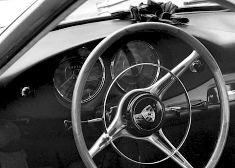 handschuhe geh rten zum autofahren oldtimer blogartikel. Black Bedroom Furniture Sets. Home Design Ideas