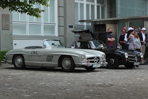 Die beiden Mercedes-Benz 300 SL, die von Rosberg und Mayländer nach Schaffhausen gefahren wurden