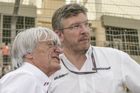 Bernie Ecclestone mit Ross Brawn, einem seiner Nachfolger - Ob die Richtung stimmt? (© Daniel Reinhard)