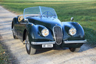Jaguar XK 120 Open Two Seater (1952): Jaguar XK 120 Open Two Seater - angeboten durch Oldtimer-Galerie Toffen