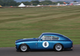 Aston Martin DB 2/4 Mk III (1958) - im Rennen um die Fordwater Trophy am Goodwood Revival 2013 (1958)