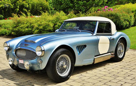 Austin-Healey 3000 Mark II BT7 Roadster Compétition (1962) - angeboten als Lot 404 an der Bonhams-Versteigerung im Grand Palais Paris am 4. Februar 2016 (1962)