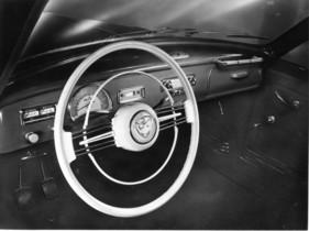 Bild / Foto: BMW 501 (1953) - formschönes Lenkrad und ... | {Armaturenbrett bmw 77}
