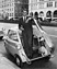 "BMW Isetta (1958) - Cary Grant (""Roby, the Cat"") mit der Isetta (© BMW AG, 1958)"
