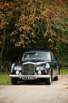 Bild (1/107): Bentley S3 Continental Saloon (1965) - angeboten als Lot 299 an der RM Auction London vom 26. Oktober 2011 (© RM Auction Simon Clay, 2011)