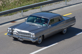 Cadillac Sedan DeVille (1964) - am Cadillac LaSalle Club Grand European Meeting 2015 (1964)