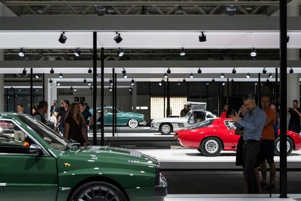 Grand Basel 2018 - der Salon für Design-Meisterstücke und automobile ...