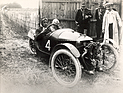 Bild (7/16): Morgan Three Wheeler (1913) - beim Cycle Car Grand Prix von Amiens siegt Gordon McMinnies im Morgan (© Fotograf: Morgan Motor Company, 1913)