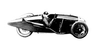 Bild (13/16): Morgan Three Wheeler (1925) - H. Beart in einem stromlinienförmigen Morgan mit Blackburne Motor (Archivbild)