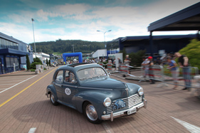 Peugeot 203 (1954) - am Oldtimer Grandprix Safenwil am 3. September 2016 (1954)