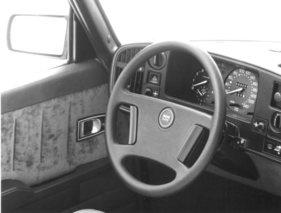 Saab 900 Turbo 16 - erfrischend anders (Fahrzeugberichte) | Zwischengas