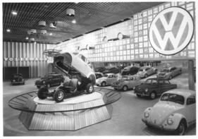 die internationale automobilausstellung in frankfurt von 1950 bis 1990 einf hrung rund ums. Black Bedroom Furniture Sets. Home Design Ideas