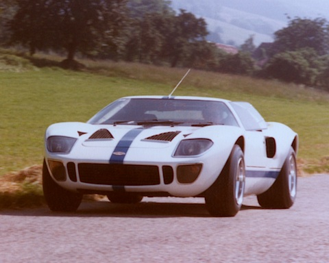 Ford GT 40 von Franco Sbarro (Oldtimer-Blogartikel vom 01.07 ... Ford Gt Zu Verkaufen on ford gt40 at le mans, ford gt40 mk3, ford gt40 red, ford focus, ford gt40 mark ii, ford gt40 concept, ford galaxie, ford mach 40, ford gtx1, ford gt90, ford pantera, ford cobra, ford gt40 mk1, ford daytona coupe, ford gt40 interior, ford gtr, ford gt40 top speed, ford mustang, ford thunderbird, ford raptor,
