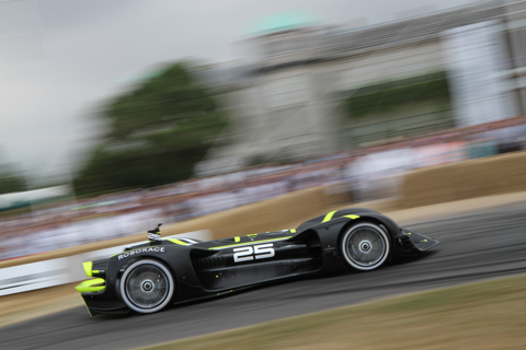 Roborace - autonom fahrernde Rennwagen am Goodwood Festival of Speed 2018
