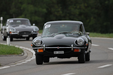 2 x Jaguar E-Type Coupé am Bergrennen Steckborn Memorial 2018