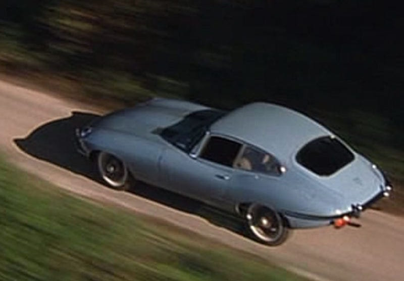 "Jaguar E-Type Series 2 im Film ""The Avengers"""