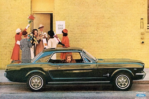 Ford Mustang in der Werbung im Jahr 1965 (© Ford Motor Company)