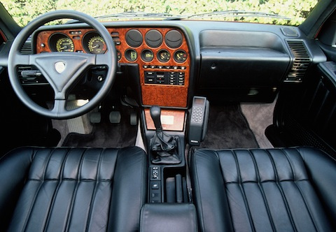 Cockpit des Lancia Thema 8.32 von 1988 (© Chrysler-Fiat Group / Lancia)