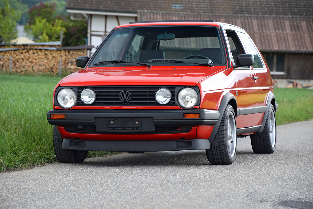 golf 1 gti kaufen vw golf 1 gti rot by 82 top zustand. Black Bedroom Furniture Sets. Home Design Ideas