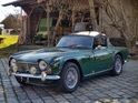 Triumph TR4 A IRS (1967): Vollrestauriiert - Surrey-Hardtop - angeboten durch Cargold Collection