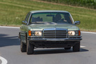 Mercedes Benz 450 SEL 6.9 (1976): Oldtimer Galerie Toffen - Classic Cars & Motorcycles - angeboten durch Oldtimer Galerie Toffen