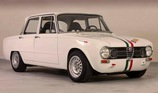 Alfa Romeo Giulia Super 1600 (1971): Giulia Race Car