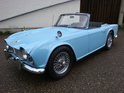 Triumph TR4 (1964): Puderdose mal anders! - angeboten durch Classic Car Connection AG